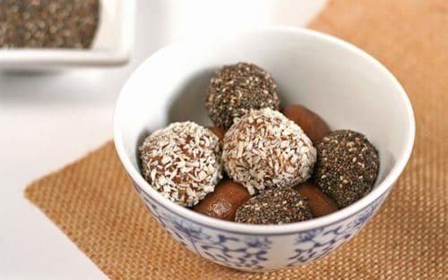 Chocolate Protein Balls {GF}