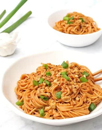 Spicy Sesame Noodles with Tempeh {GF}