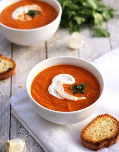 Creamy Vegan Roasted Tomato Soup with Chickpeas