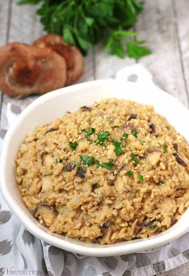 Easy Vegan Mushroom Risotto | This 10 Minute Vegan Mushroom Risotto saves so much time by using pre-cooked rice and creamy hummus. It's an easy and healthy meal when you need dinner on the table fast. vegan risotto recipe, vegan, gluten-free, dairy-free