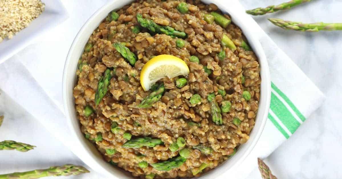 One-Pot Lentil Quinoa with Asparagus and Peas