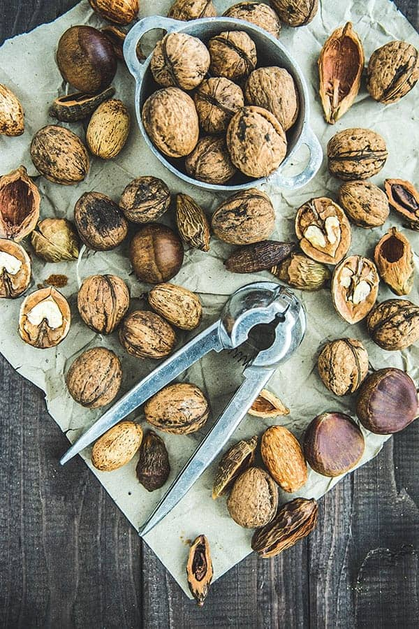 unsaturated fats - nuts