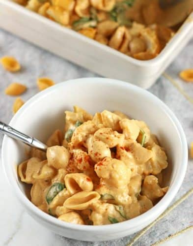 Buffalo Cauliflower Mac and Cheese {Vegan & GF}