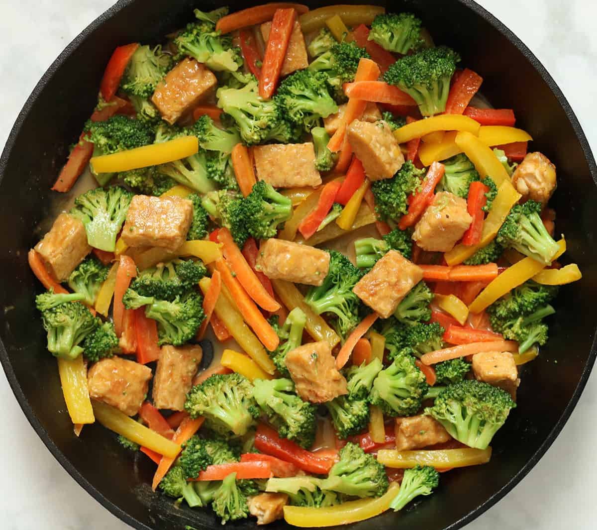 stir try with veggies and tempeh