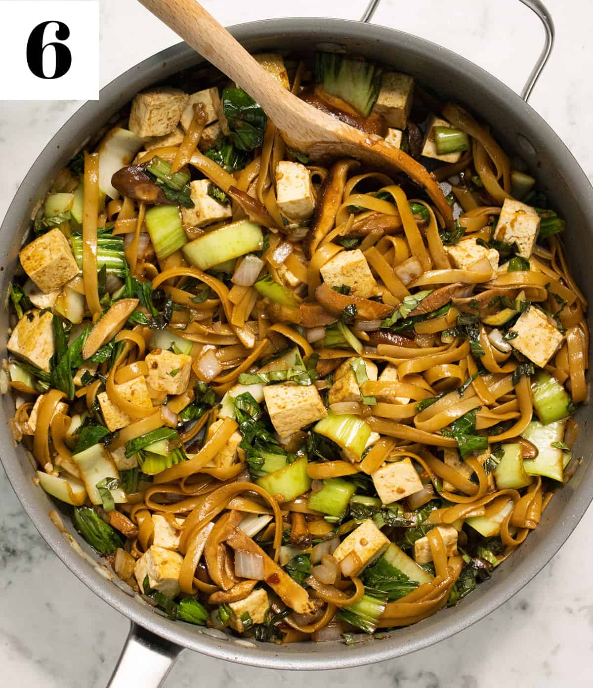 finished Thai Basil Noodles in large pan